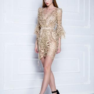 Ogrtač-haljina od brokatne pamučne čipke