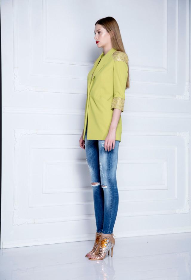 Zip-legs skinny jeans